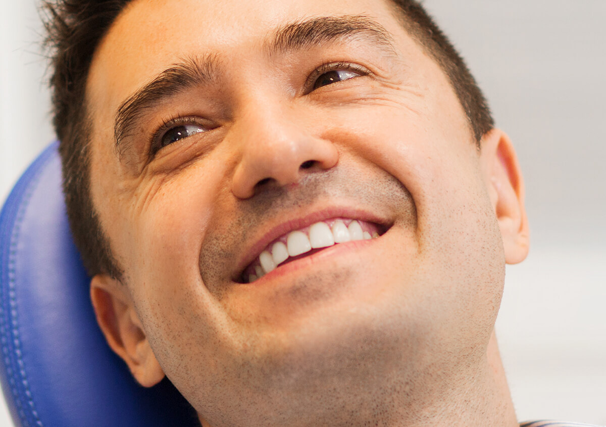 Dentist in Calgary, AB explains the benefits of CEREC for same-day crowns and other restorations